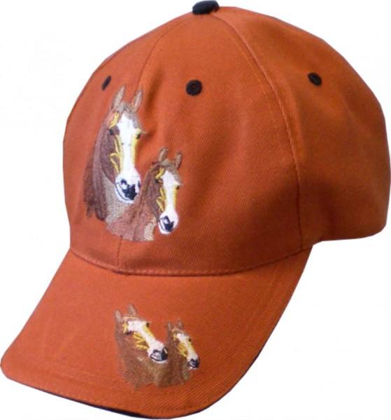 Cap02 - Cap mit Pferde-Motiv bestickt in vielen Farben